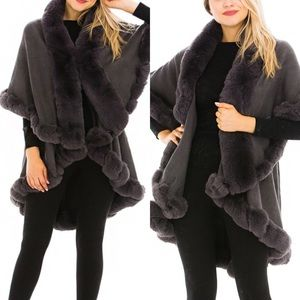 Luxury Gray Faux Fur Collared Cape Coat One Size